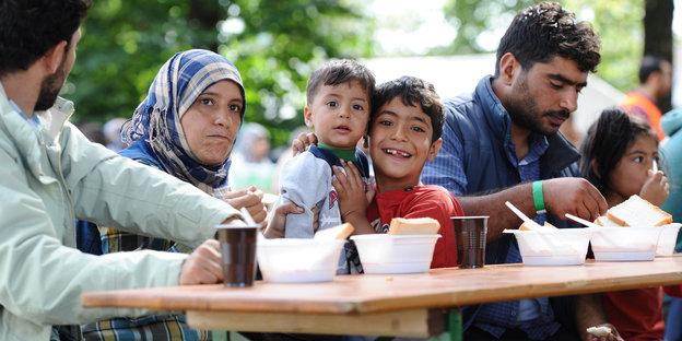 urn:newsml:dpa.com:20090101:150913-90-008260