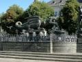 1920px-Klagenfurt_Lindwurm_und_Herkules_19072006_01