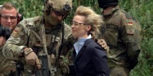 LATUFFAFrontfrau_Deutschlands_erste_Verteidigungsministerin_Ursula