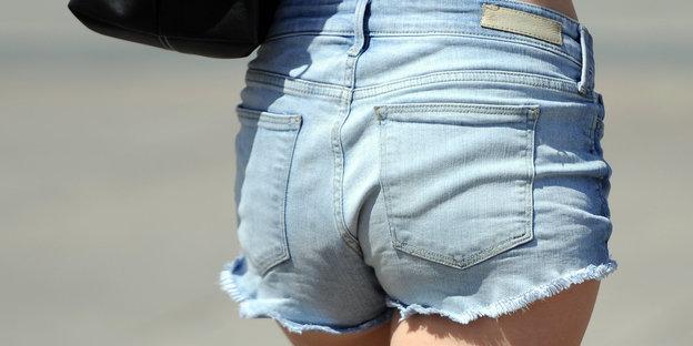 Hot Pants Verbot