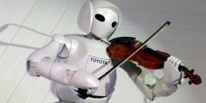Thailand BOI Fair 2012 - A Robot by Toyota